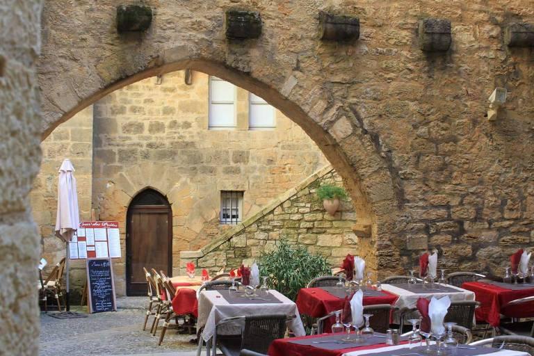 Romantisch diner - Glamping Domaine des Hirondelles
