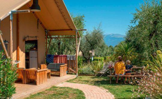 Glampen in Toscane of aan het Gardameer met Vacanze col Cuore