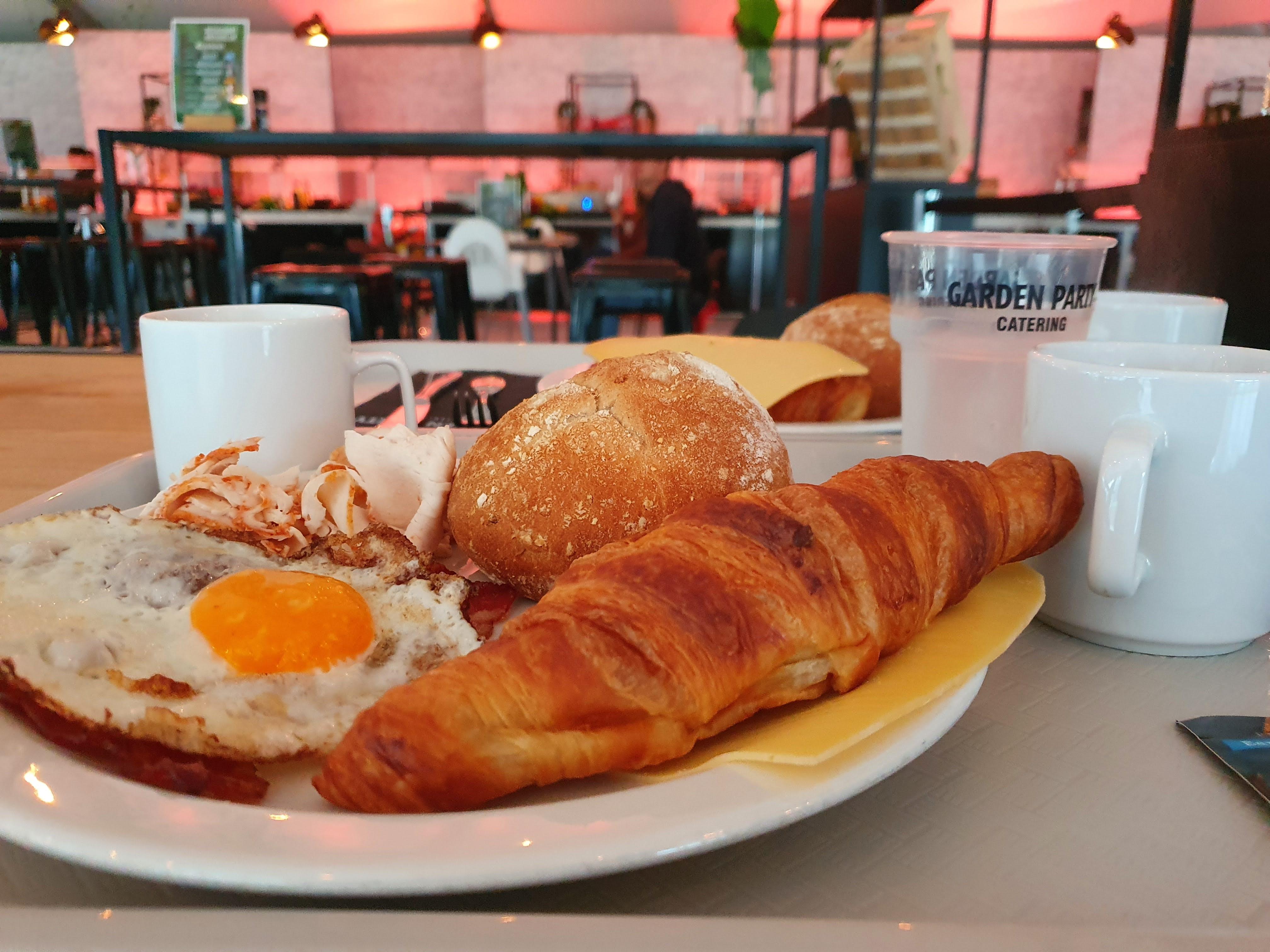 ontbijt bij Natuurlijk Glamping