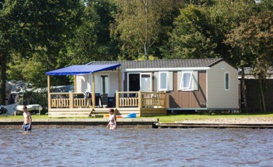Vakantiepark Bergumermeer - Glamping.nl